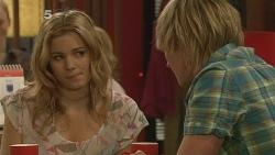 Natasha Williams, Andrew Robinson in Neighbours Episode 6104