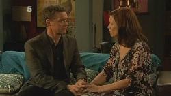 Paul Robinson, Rebecca Napier in Neighbours Episode 6104