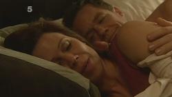 Rebecca Napier, Paul Robinson in Neighbours Episode 6106