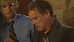 Andrew Robinson, Paul Robinson in Neighbours Episode 6106