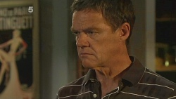 Paul Robinson in Neighbours Episode 6107
