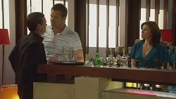 Paul Robinson, Michael Williams, Rebecca Napier in Neighbours Episode 6108