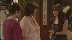 Susan Kennedy, Lyn Scully, Summer Hoyland in Neighbours Episode 6109