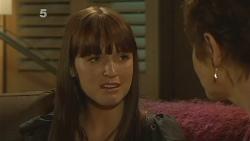 Summer Hoyland, Susan Kennedy in Neighbours Episode 6110