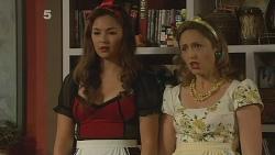 Jade Mitchell, Sonya Mitchell in Neighbours Episode 6110