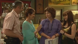 Karl Kennedy, Susan Kennedy, Lyn Scully, Summer Hoyland in Neighbours Episode 6110