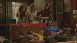 Sophie Ramsay, Sonya Mitchell, Jade Mitchell, Callum Jones, Toadie Rebecchi in Neighbours Episode 6110