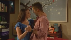 Kate Ramsay, Mark Brennan in Neighbours Episode 6111