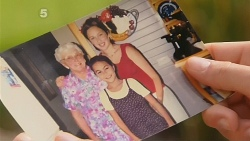 Hilda Jones, Sonya Mitchell, Jade Mitchell in Neighbours Episode 6111