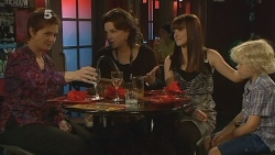 Susan Kennedy, Lyn Scully, Summer Hoyland, Charlie Hoyland in Neighbours Episode 6113