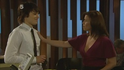 Declan Napier, Rebecca Napier in Neighbours Episode 6113