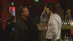Paul Robinson, Declan Napier in Neighbours Episode 6113