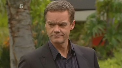 Paul Robinson in Neighbours Episode 6113