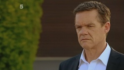 Paul Robinson in Neighbours Episode 6114
