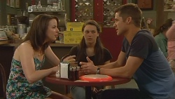 Kate Ramsay, Sophie Ramsay, Mark Brennan in Neighbours Episode 6115