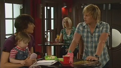 Declan Napier, India Napier, Andrew Robinson in Neighbours Episode 6115