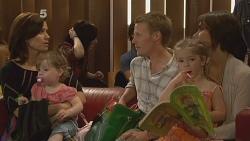Rebecca Napier, India Napier, Oliver Barnes, Chloe Cammeniti, Carmella Cammeniti in Neighbours Episode 6116
