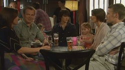 Rebecca Napier, Michael Williams, India Napier, Declan Napier, Chloe Cammeniti, Carmella Cammeniti, Oliver Barnes in Neighbours Episode 6116