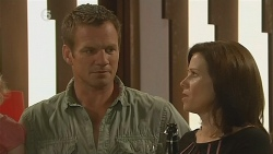 Michael Williams, Rebecca Napier in Neighbours Episode 6116