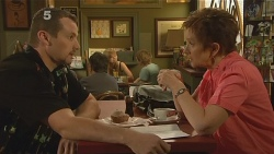 Toadie Rebecchi, Susan Kennedy in Neighbours Episode 6118