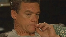 Paul Robinson in Neighbours Episode 6118