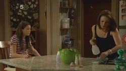 Sophie Ramsay, Kate Ramsay in Neighbours Episode 6120