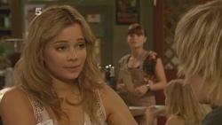 Natasha Williams, Summer Hoyland, Andrew Robinson in Neighbours Episode 6120