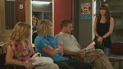 Natasha Williams, Andrew Robinson, Michael Williams, Summer Hoyland in Neighbours Episode 6121
