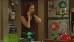 Kate Ramsay in Neighbours Episode 6121