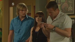 Andrew Robinson, Summer Hoyland, Michael Williams in Neighbours Episode 6121