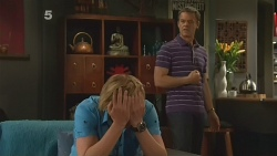 Andrew Robinson, Paul Robinson in Neighbours Episode 6122