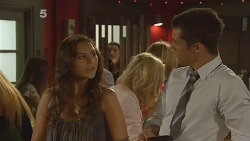 Jade Mitchell, Mark Brennan in Neighbours Episode 6122