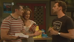 Toadie Rebecchi, Sonya Mitchell, Lucas Fitzgerald in Neighbours Episode 6122