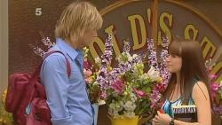 Andrew Robinson, Summer Hoyland in Neighbours Episode 6123