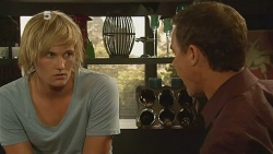 Andrew Robinson, Paul Robinson in Neighbours Episode 6124
