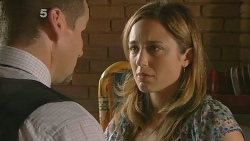 Toadie Rebecchi, Sonya Mitchell in Neighbours Episode 6125