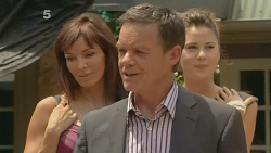 Paul Robinson in Neighbours Episode 6125
