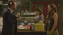 Mark Brennan, Kate Ramsay, Jade Mitchell in Neighbours Episode 6126
