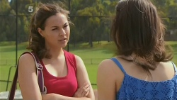 Jade Mitchell, Kate Ramsay in Neighbours Episode 6126