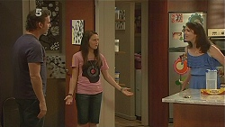 Lucas Fitzgerald, Sophie Ramsay, Kate Ramsay in Neighbours Episode 6127