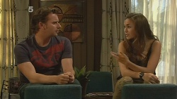 Lucas Fitzgerald, Jade Mitchell in Neighbours Episode 6127