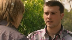 Andrew Robinson, Tomas Bersky in Neighbours Episode 6128