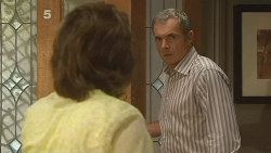 Lyn Scully, Karl Kennedy in Neighbours Episode 6128