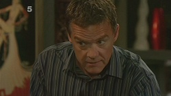 Paul Robinson in Neighbours Episode 6128