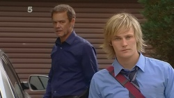 Paul Robinson, Andrew Robinson in Neighbours Episode 6129
