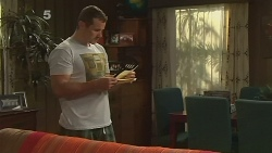 Toadie Rebecchi in Neighbours Episode 6131