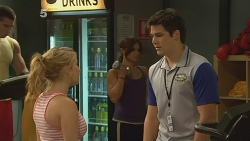 Natasha Williams, Chris Pappas in Neighbours Episode 6132