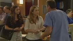 Jade Mitchell, Sonya Mitchell, Karl Kennedy in Neighbours Episode 6132