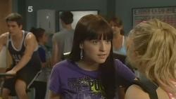 Chris Pappas, Summer Hoyland, Natasha Williams in Neighbours Episode 6132