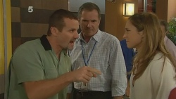 Toadie Rebecchi, Karl Kennedy, Sonya Mitchell in Neighbours Episode 6133